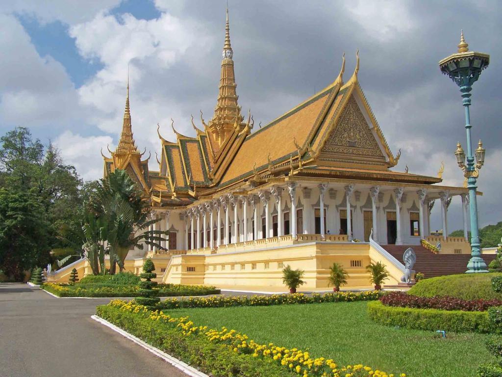 Campuchia Siemreap - Phnompenh 4N3D lễ 30/4, tour tham quan Angkor lễ 30/4